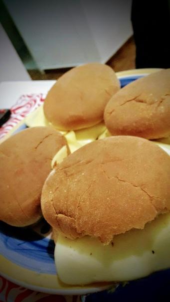 Ricas hamburguesas caseras de soja y queso :P para celebrar la llegada del #solsticio de #verano